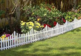 Great Ideas Set Of 4 Mini White Garden Picket Fence Panels Wood Effect Plastic Lawn Edging For Pla Small Garden Fence Picket Fence Panels Picket Fence Garden