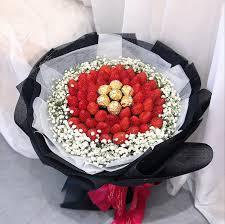 strawberry fruit bouquet saigon only