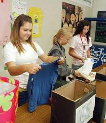 West Hall High School junior collects shirts for needy in El ...