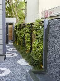 20 Modern Vertical Fence Gardening Ideas To Beautify Your Backyard 99homeideas