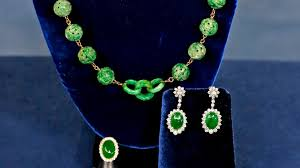 jade jewelry collection antiques