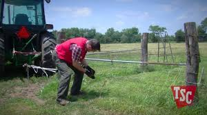 How To Stretch Barbed Wire Fencing Youtube