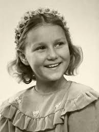 royalblogs: Young Sonja Haraldsen, now Queen Sonja of Norway ...
