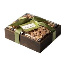duo gift tray cranberry nut mix