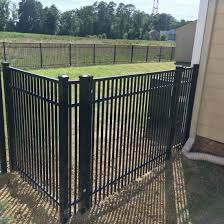 China Customized Design Galvanized Metal Flat Top Pool Garden Fence Panel China Galvanized Steel Fence Spear Picket Fence