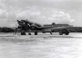 File:De Douglas C-47 (R4D-1) Dakota met registratienummer 018 ...