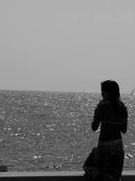 صور بنات حزينه على البحر اجمل صور حالات واتس حزينه قبلات الحياة