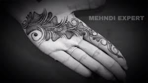 new mehndi designs simple dp