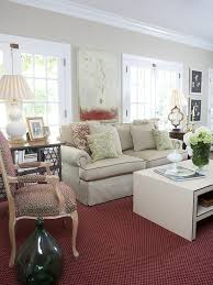 walls and furniture with red rug color