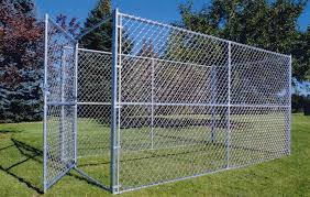 Denver S Fence Company Offers A Wide Variety Of Custom Pet Kennels Residential Industrial Fencing Company In Denver Co