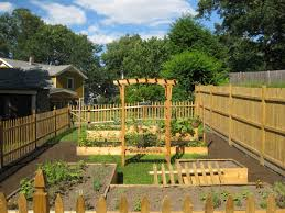 10 Garden Fence Ideas That Truly Creative Inspiring And Low Cost Front Yard Landscaping Playground Landscaping Backyard Playground