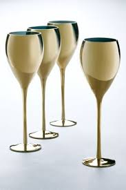 wine and dine in style with metallic