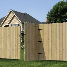 Outdoor Essentials 3 5 Ft W X 6 Ft H Pressure Treated Pine Stockade Fence Gate 133606 The Home Depot