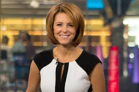 Bloomberg Television's Stephanie Ruhle on Investing, Salary Secrecy, and  Career Advice | Glamour
