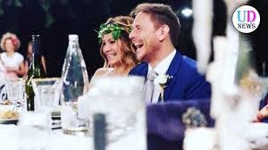 Un posto al sole, Arianna e Filippo sposi nella realtà - YouTube