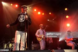 Ivan Howard , Justin Vernon and Gayngs perform as part of the 2011... Photo  d'actualité - Getty Images
