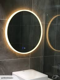 mirror with led light round 700mm