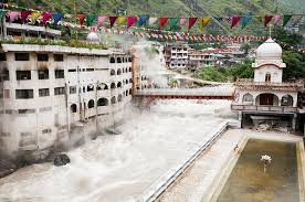 manikaran sahib - religious place for hindus and sikhs