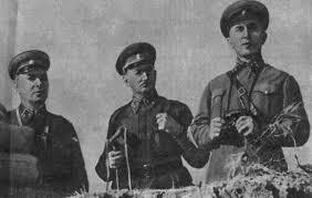 Светлой памяти Николая Ивановича Крылова, дважды Героя Советского ...