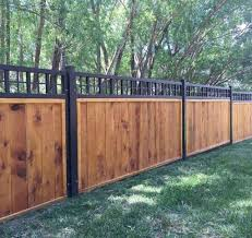 55 Easy And Cheap Privacy Fence Design Ideas In 2020 Cheap Privacy Fence Privacy Fence Designs House Fence Design