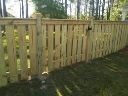 Facing Cap With Top Hats 4ft Picket Style Fence