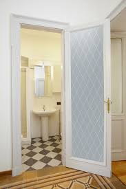 diamond grid private interior glass