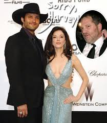 Robert Rodriguez Says He Cast Rose McGowan In Grindhouse To SPITE Harvey  Weinstein - And The Movie Got 'Buried' Because Of Her! - Perez Hilton