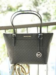 mk signature shoulder tote bag