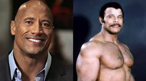 Dwayne Johnson dice addio al padre Rocky in una commovente lettera