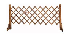 Pet Gate Wooden Picket Fence Garden Panels Wooden Dog Folding Gate Expanding Panel Fold Able Indoor Outdoor Free Standing Safety Gate Portable Separation Pet Safety Barrier Guard Size Medium Amazon Co Uk Kitchen
