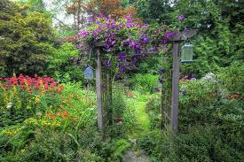 how to build a garden arbor inexpensively