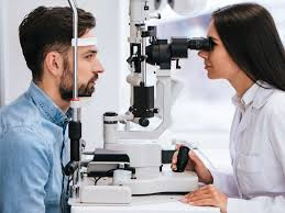 eye doctor in Toronto