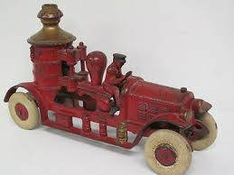 vine cast iron toy fire truck made