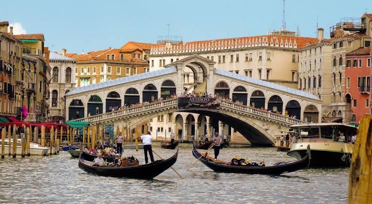 Passpod, Venice, Wisata Menarik di Venice