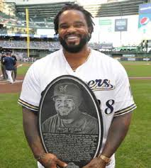 Milwaukee Times Weekly Newspaper » Milwaukee Brewers welcome back Prince  Fielder with 'Wall of Honor' award
