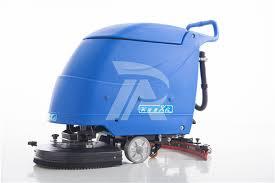 kubota sel engine floor sweeper for