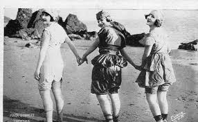 Lillian Langston, Edith Roberts and Myrtle Reeves