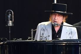 Bob Dylan Becomes First Artist With a Top 40 Album in Every Decade ...