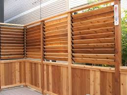 Small Deck Design With Louvered Fence Arts Crafts Toronto By Flexfence Houzz Uk