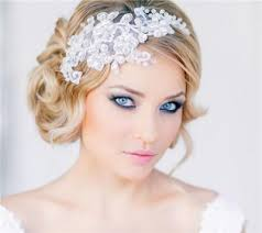 bridal makeup that goes with blue eyes