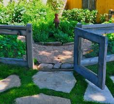 10 Easy Diy Fences That Look Great Eclectic Twist