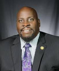 Dwayne Smith leaving Harris-Stowe to lead Housatonic Community College |  Local News | stlamerican.com