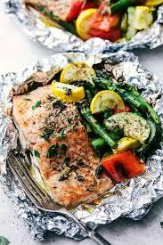 er garlic herb salmon foil packets