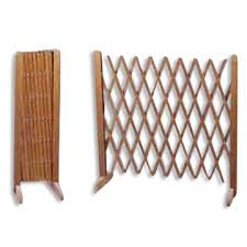 Wooden Accordion Fence