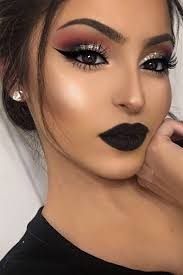 makeup to go with a black dress