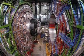 Científicos españoles analizan las posibilidades del LHC en 2015