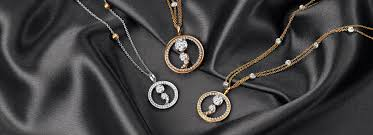 diamond solitaire pendant designs