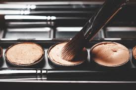 how to use makeup to cover melasma