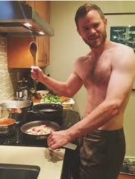 Aaron Ashmore (With images) | Shawn ashmore, Shirtless celebrities ...