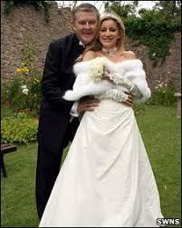 BBC NEWS | UK | England | Devon | Happy ending for love letter pair